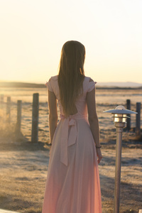 800x1280 Pink Dress Sunset Light 5k