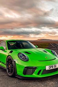 480x800 Porsche 911 2018 GT3 RS Green