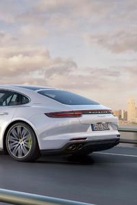 Porsche Panamera 4 E Hybrid 4k