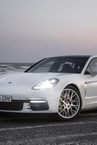 Porsche Panamera 4 E Hybrid Executive