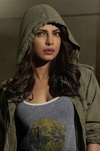 1440x2960 Priyanka Chopra New