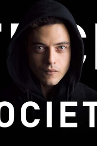 640x1136 Rami Malek in Mr Robot
