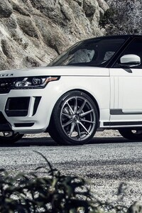 1242x2688 Range Rover Vogue White