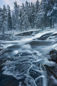 320x568 Ringerike Norway Water Flow 4k