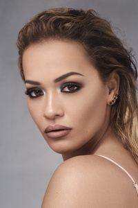 1125x2436 Rita Ora Portrait 5k