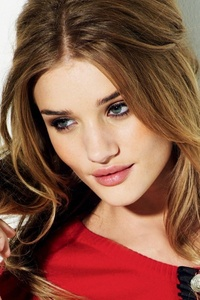 Rosie Huntington Whiteley Celebrity