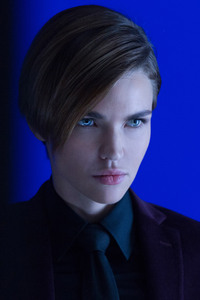 320x480 Ruby Rose John Wick Chapter 2