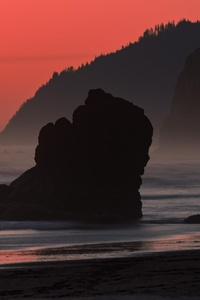 480x800 Salmon Sky At Cannon Beach Oregon