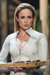 480x800 Sara Lance Legends Of Tomorrow Season 3