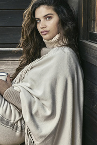 240x400 Sara Sampaio Model 2019 4k