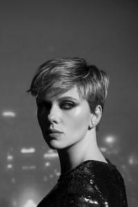 1440x2560 Scarlett Johansson Monochrome 2020