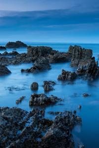 320x480 Sea Rocks Evening View 5k
