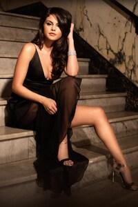 Selena Gomez Bes Photoshoot