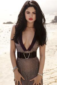 Selena Gomez Elle Photoshoot 5k
