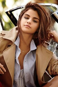 Selena Gomez With Cars