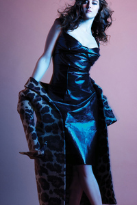 750x1334 Shailene Woodley US Harpers Bazaar Photoshoot