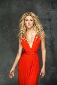 Shakira In Red Dress 5k