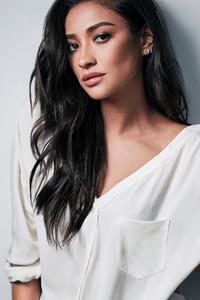 Shay Mitchell 5k 2019