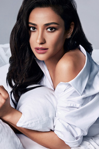 Shay Mitchell Buxom Campaign 5k