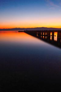 640x1136 Silent Pier Moment 8k