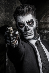 480x854 Skull Face Guy Shooting