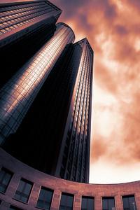Skyscraper Tower 185