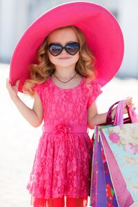 1440x2960 Small Girl Pink Hat