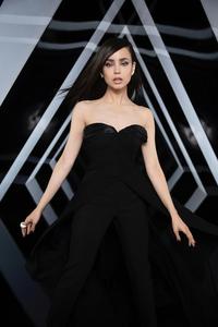 800x1280 Sofia Carson Vogue 2020