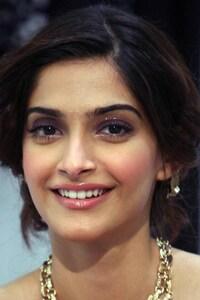 Sonam Kapoor 2016