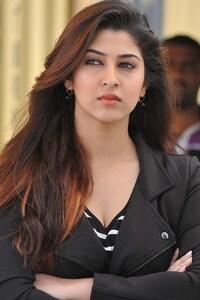 Sonarika Bhadoria 4