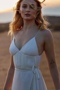 1080x2280 Sophie Turner Lv 2019