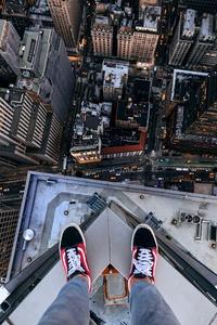 480x800 Standing Above New York City 5k