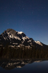 1080x2160 Starry Sky Over Mountains 5k