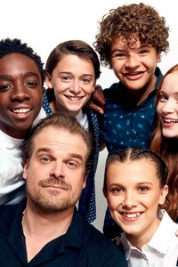 1080x1920 Stranger Things Cast