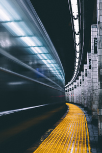 540x960 Subway Long Exposure 4k