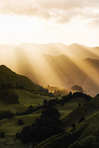 1080x2280 Sunbeams Morning Mountains