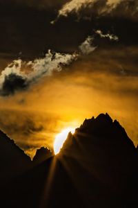 320x480 Sunset Over The Swiss Alps 5k