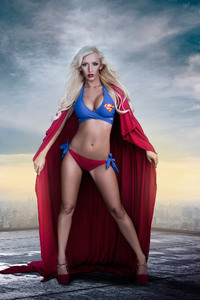 2160x3840 Supergirl Cosplay