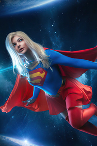 Supergirl In Space Cosplay