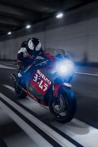 640x960 Suzuki GSXR 1100 Venom
