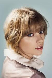 Taylor Swift 12