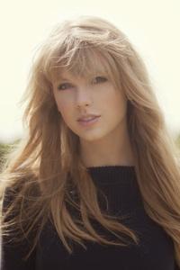 640x960 Taylor Swift 8k 2020
