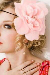 640x1136 Taylor Swift 9