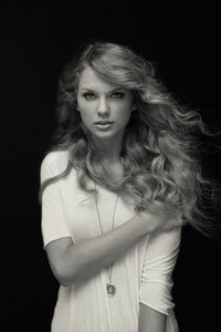 Taylor Swift Black And White 4k