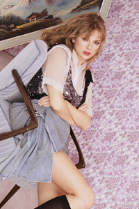 480x800 Taylor Swift Elle Uk