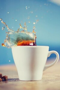360x640 Tea Splash