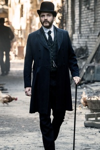 360x640 The Alienist 2020