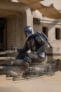 480x854 The Mandalorian With His Speeder Bike 2020