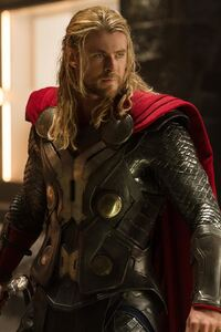 720x1280 Thor The Dark World Chris Hemsworth