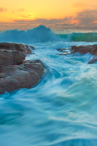 320x568 Tide And Waves Long Exposure 4k